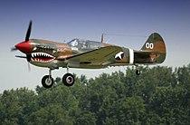 Curtiss P-40 Warhawk airshow.jpg