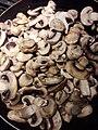 Cut mushroom hongos comestibles .jpg