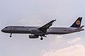 D-AIRK Lufthansa Airbus A321-131 coming in from Hamburg (EDDH) on Rwy 07R @ Frankfurt (EDDF) - 08.04.2015 (16999385590).jpg