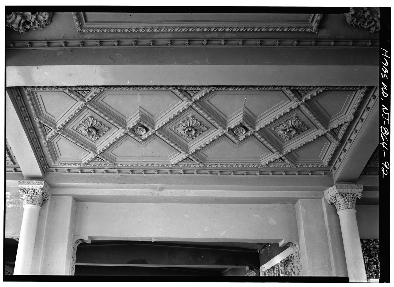 File detail of the coffered ceiling of the solarium for Coffered ceiling detail