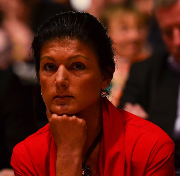File:DIE LINKE Bundesparteitag 10-11 Mai 2014 -120.jpg