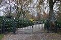 De Biezen, hek dicht, Santpoort-Noord.jpg