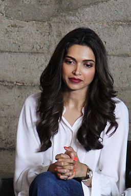 Deepika Padukone Age, Height, Weight, Figure