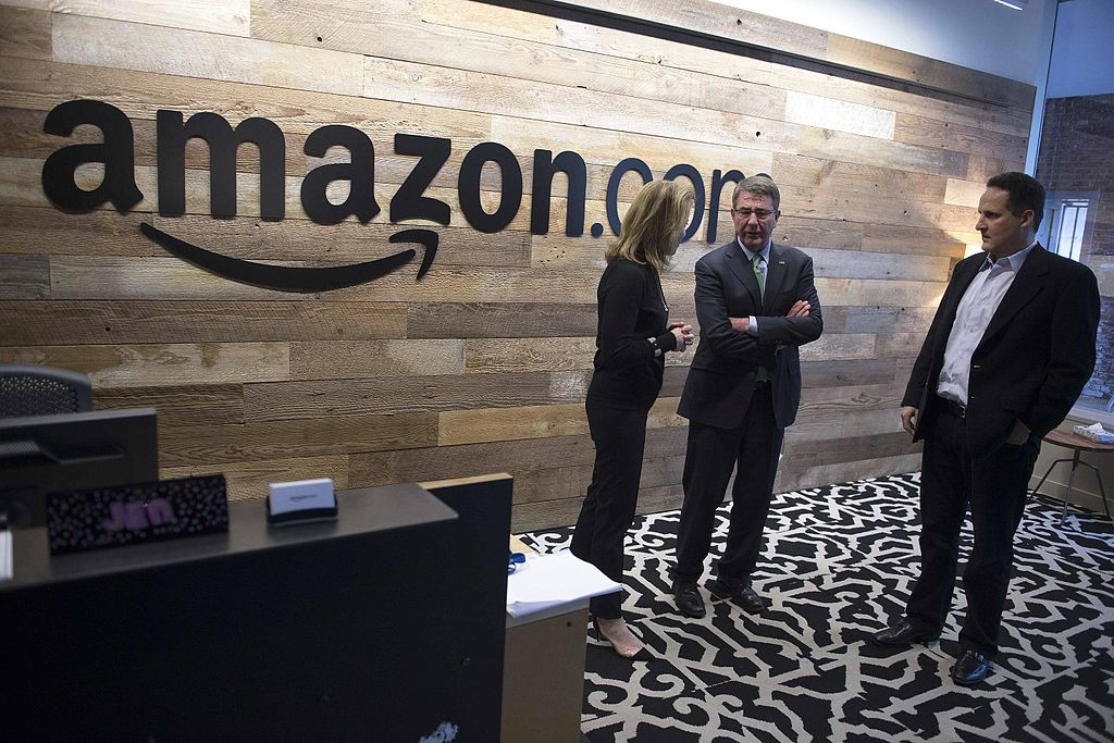 Defense Secretary Ash Carter tours Amazon's headquarters in Seattle, March 3, 2016.JPG