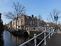 Delft, straatzicht Voldersgracht-Vrouwjuttenland-Vrouwenregt foto5 2016-03-13 11.09.jpg