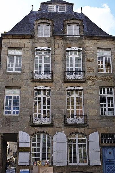 File:Dinan - Hôtel de Pontbriand 20130216-02.jpg Исторические памятники Динана, достопримечательности Динана, фотографии Динана