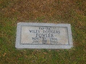 Douglas Fowler - Grave of Douglas Fowler at Springville Cemetery in Coushatta