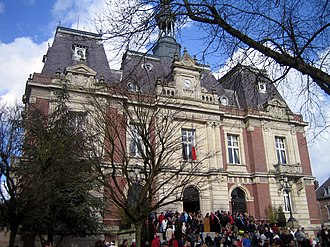 Doullens - Town hall