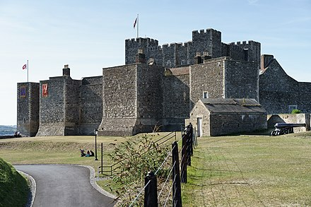 The castle from southeast Dover Castle SE.jpg