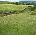 Dry stone wall in the middle of the green - panoramio.jpg