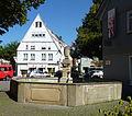 ES Ottilienplatz Brunnen.jpg