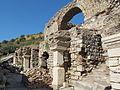 Efeso, tempio di adriano 03.JPG