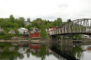 Eidsvoll - Sundet, the municipal center, with the old bridge