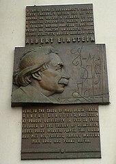 Albert Einstein Wikipedie