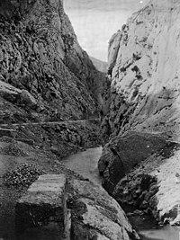 El riu Segre al seu pas pel congost de Tresponts (cropped).jpeg