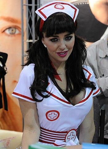 English: Elizabeth Ashley at AVN Adult Enterta...