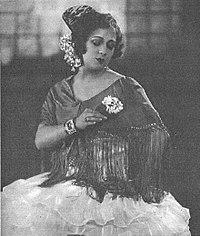 Elvira de Amaya 1926.jpg