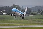 Embraer 175STD (170-200) 'PH-EXN' KLM Cityhopper (44151072365).jpg