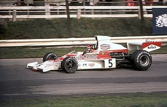 1975 Formula One season - Image: Emerson Fittipaldi Mc Laren M23 1974 Britain