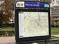 Entrée Station Métro Pont Sèvres Boulogne Billancourt 3.jpg