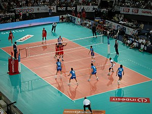 Net sport - A volleyball match between Italy and Russia in 2005.