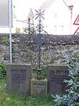 Evangelische Kirche Trais-Horloff Kirchhof 01.JPG