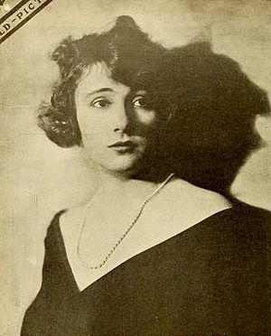 Evelyn Greeley - Evelyn Greeley (1919)