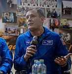Expedition 50 Crew Press Conference (NHQ201611160033).jpg
