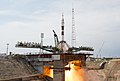 Expedition 56 Launch (NHQ201806060015).jpg