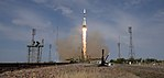 Expedition 56 Launch (NHQ201806060017).jpg