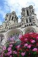 Façade de la cathédrale de Laon.JPG