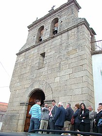Fachada da igreja do Mogadouro, Bragança.jpg