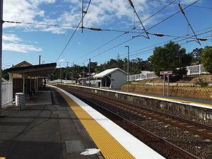 Beenleigh railway line - Image: Fairfield Railway Station, Queensland, July 2012