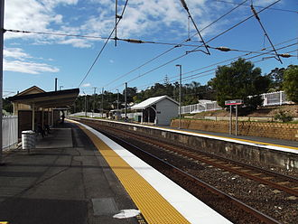 Beenleigh railway line - Image: Fairfield Railway Station, Queensland, July 2012