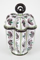 Fajans, bål med lock på fast fat, 1760-tal - Hallwylska museet - 90527.tif