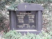 Familiengrab Rainer G. Rümmler.jpg