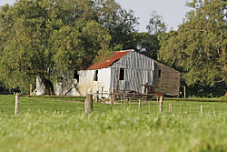 meaning of farmhouse
