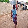 Femme au travail (Béninoise).jpg
