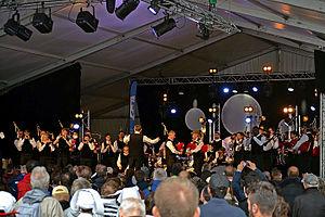 Bagad Cap Caval - On stage in Festival de Cornouaille in 2015.