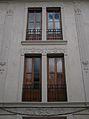 Finestres d'un edifici modernista a Xàtiva.JPG