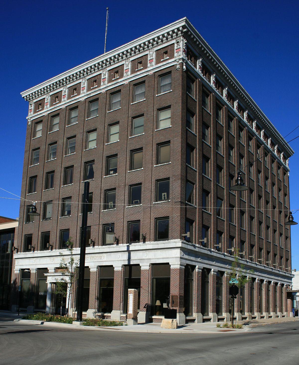 Apartments Iowa City: First National Bank Of Mason City