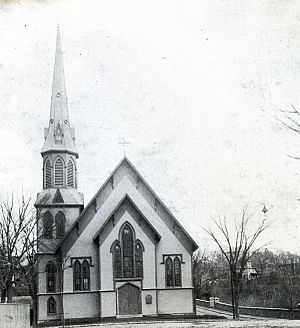 First Baptist Church (Methuen, Massachusetts) - First Baptist Church with its original steeple, circa 1900