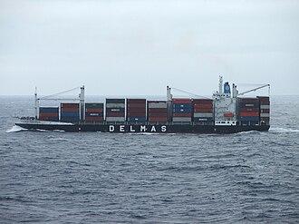 Lift-on/lift-off - Flora Delmas, a LoLo vessel