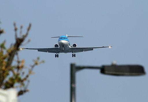 Fokker 70 PH-KZW KLM (7031485961)