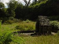 Fontaine de Saint Urlo Languidic.jpg
