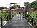 Fort Ruigenhoek A Wachtgebouw met brug.JPG