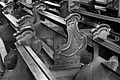 Frankfurt Am Main-Leonhardskirche-Ausstattung-Hauptschiff-Gestuehl-2-SW.jpg
