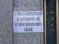 Funny plate in Milan (405064746).jpg