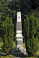 Gedenksäule am Kriegerfriedhof Volders.JPG