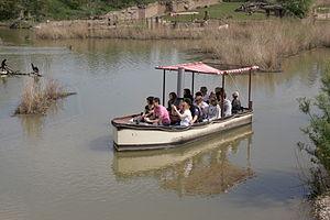 Tow boat ride - Image: Gelsenkirchen Zoom Afrika African Queen 06 ies